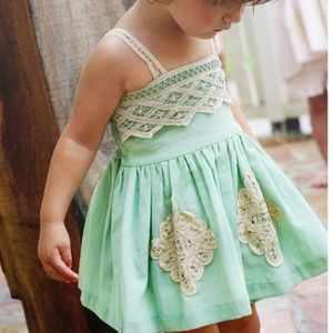 Well Dressed Wolf mint green tunic shorts set 4T